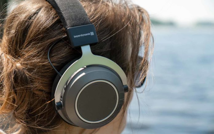 Are Bluetooth headphones dangerous